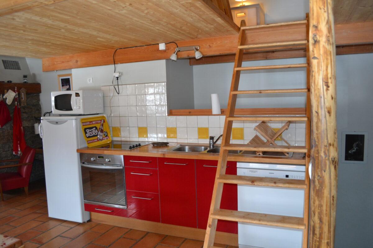 Une cuisine équipée