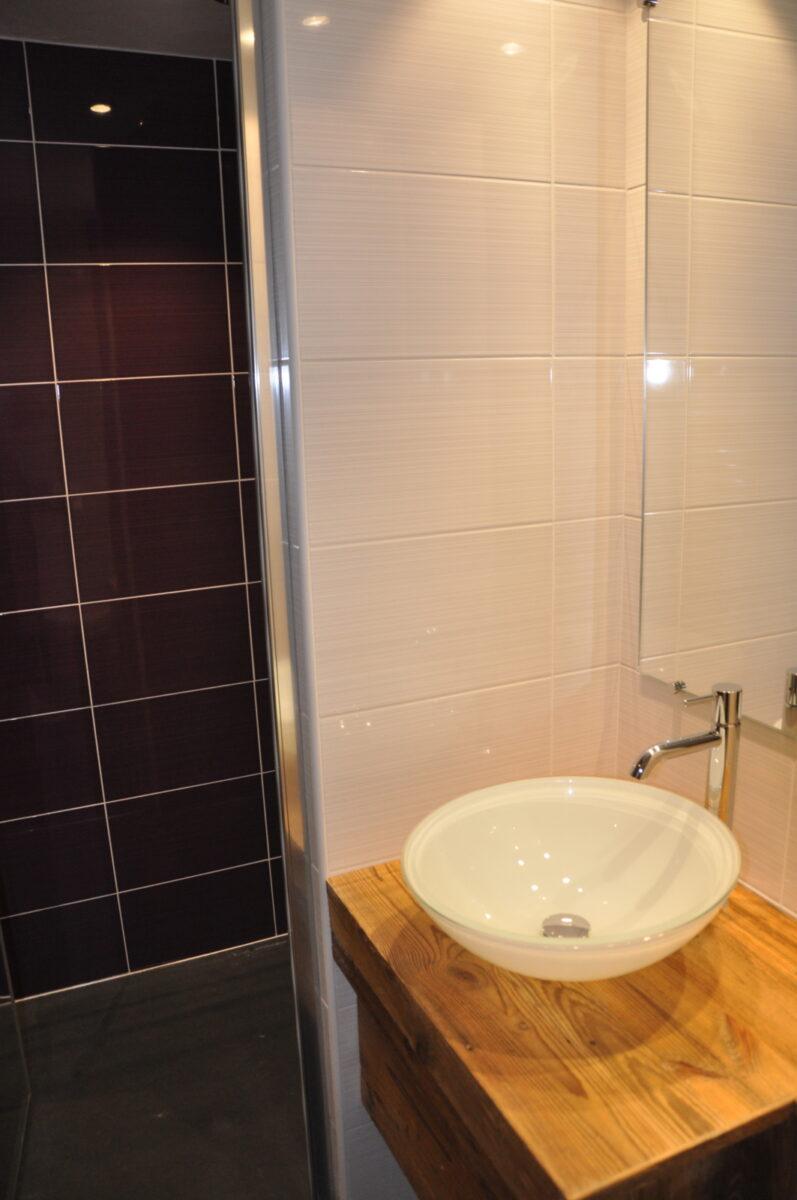 Salle d'eau privative de la chambre 3