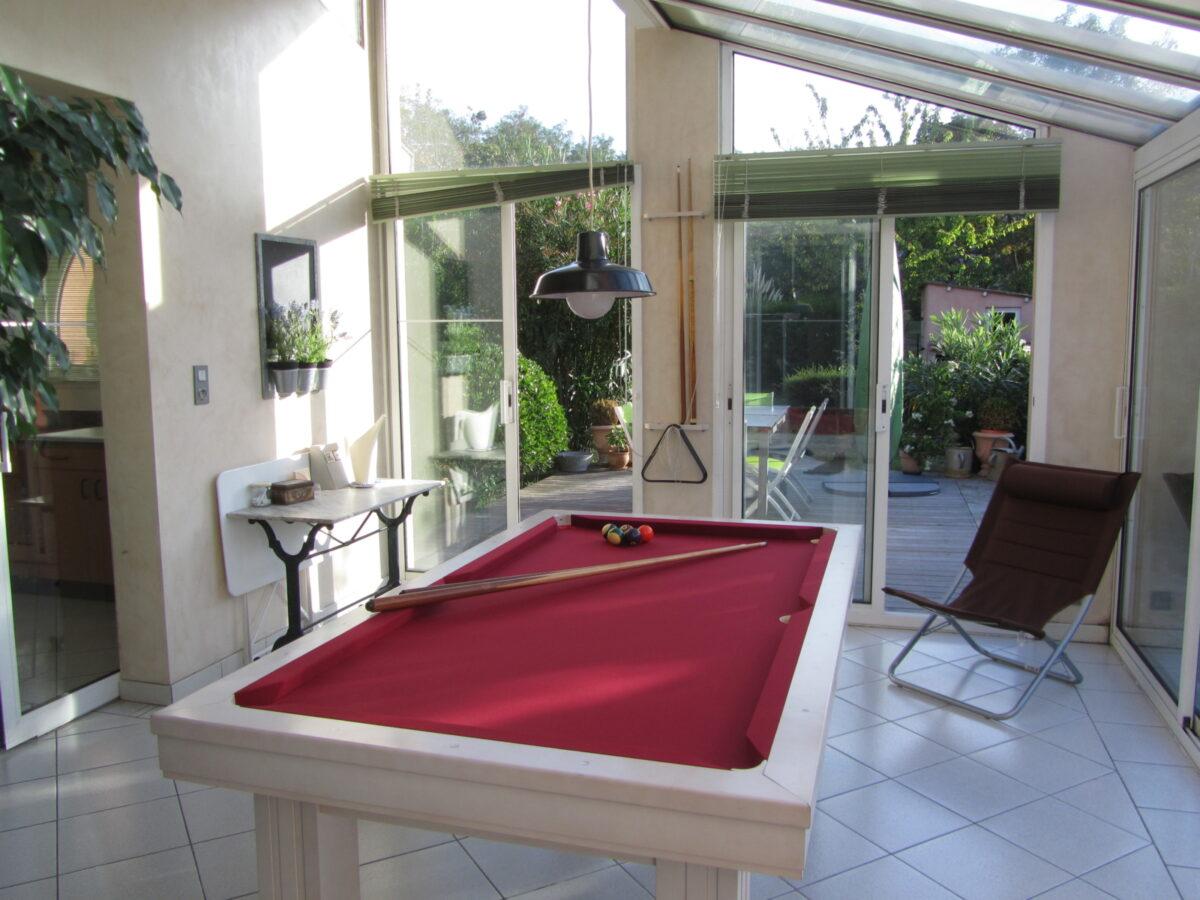 Billiards, verandah