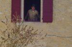 Un homme à la fenêtre