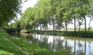 A canal, a houseboat