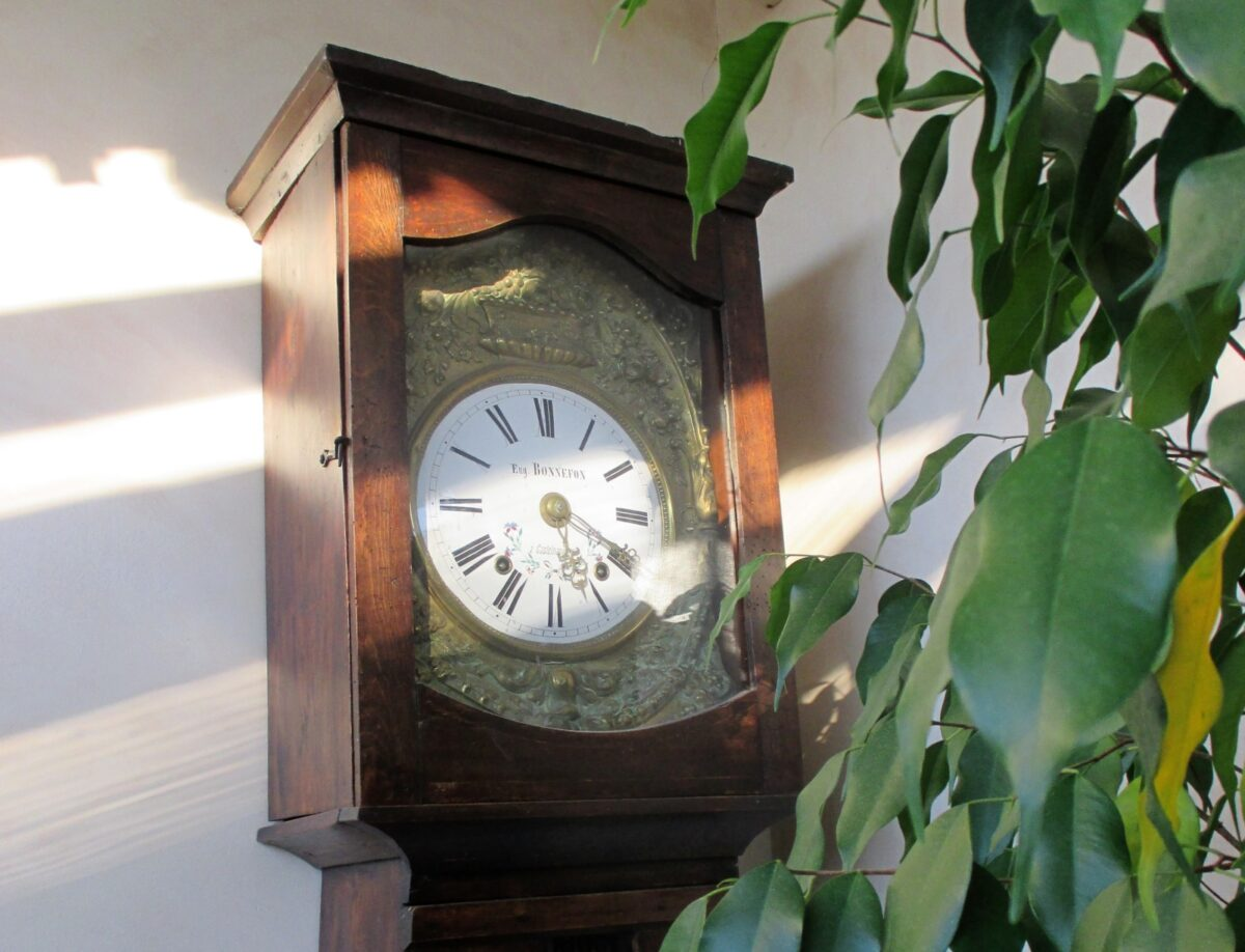 Une horloge comtoise