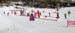 Un tapis-neige, des enfants