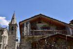 A stone house, a church